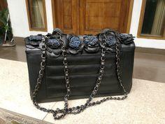 Python leather Python, Leather Bag, Ethnic, Photo And Video, Bags, Instagram, Fashion, Handbags, Moda