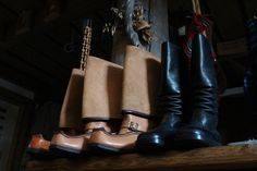 Traditional Finnish leather boots - Lapikkaat & Jatsarit, shop Vanha Savotta
