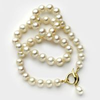 Pearl & 14K gold necklace