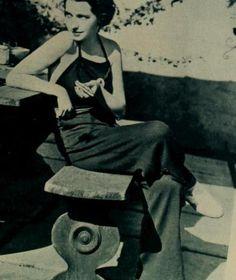 Mona Barrie, 1936