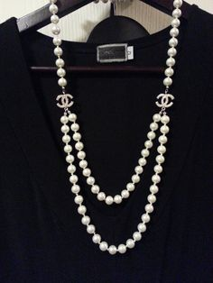 Fashions for the Classy Lady 40+/My own collection/Vintage Chanel necklace