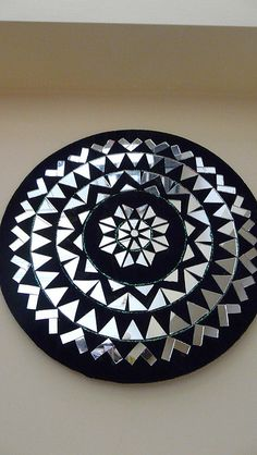 Mirror Mandala designed and created by pasting little cut pieces of mirrors to suite the design Clay Wall Art, Clay Art, Mirror Mosaic, Mosaic Art, Art N Craft, Craft Work, Broken Mirror Art, Thali Decoration Ideas, Mirror Crafts