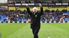 Crystal Palace: Alan Pardew says he hopes to sign new contract