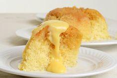 Treacle sponge cake au micro-ondes et sa crème custard Sponge Pudding Recipe, Pudding Recipes, Treacle Sponge Cake, Retro Recipes, Wine Recipes, Gf Recipes, Cooker Recipes, Sweet Recipes, Microwave Sponge
