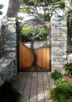 Tree of Gondor Bronze and redwood Yard gate, Garden gates, Wooden gates, Iron decor, Wrought iron Gate Design, Door Design, House Design, Metal Gates, Wooden Gates, Wooden Garden Gate, Baum Von Gondor, Wrought Iron Decor, Wrought Iron Garden Gates