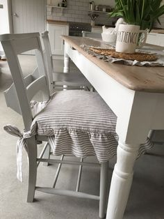 20 amazing kitchen chair covers images chair backs chair back rh pinterest com