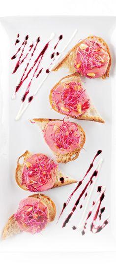 Foie gras confit à la betterave