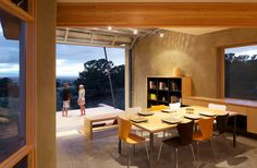 Dining room with a view by Gettliffe Architecture