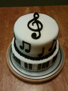 Music cake for local high school music program