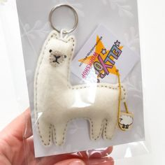 Llama keychain felt animal ornament miniature llama decor Felt Christmas, Christmas Crafts, Llama Plush, Llama Llama, Felt Crafts, Diy And Crafts, Felt Keyring, Llama Decor, Finger Puppet Patterns