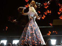 Carrie Underwood's Projection Dress http://www.ubergizmo.com/2013/02/carrie-underwoods-projection-dress/