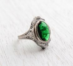 Antique Genuine Art Deco Emerald Green Ring - 1920s 1930s Size 8 Sterling Silver Glass Stone Costume Jewelry / Ornate Open Filigree