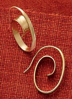floating spiral ear hooks in 14k gold also available in sterling silver joy gilmore james avery jewelry