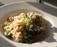 Risotto mit Lachs - Brokkoli und Frühlingszwiebeln