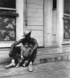 blacklovepublic:  there is love in fatherhood   Love