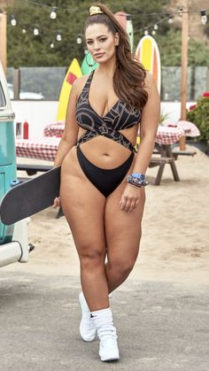 Plus Size Clothing Stores, Ashley Graham, Swimsuits For All, Plus Size Model, Lingerie Models, Plus Size Outfits, Bikinis, Swimwear, Sexy