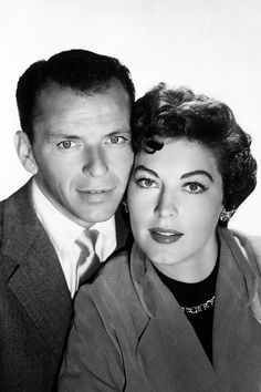 American actress Ava Gardner posing with her third husband, American singer and actor Frank Sinatra. Get premium, high resolution news photos at Getty Images Hollywood Icons, Vintage Hollywood, Classic Hollywood, Hollywood Stars, Ingrid Bergman, Lauren Bacall, Claudia Cardinale, Marylin Monroe, Rita Hayworth
