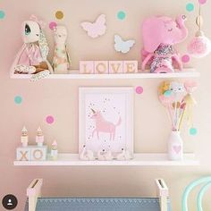 Divine shelfie from @fee_loves_ tap pics for all these amazing stores