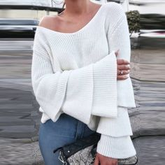 Winter Women Sexy V Neck Flare Sleeve Pullover Loose Kintting Jumper Sweater Top