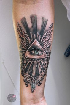 whole seeing eye forearm shaded black and gray tattoo  #wholeseeingeye #wholeseeingeyetattoo #eyetattoo #realistictattoo #realisticeye