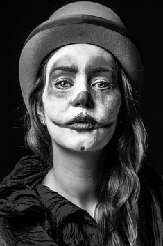 Created as part of the creative media production course with Delroy Beaton at Kensington and chelsea collage. Art Photography Portrait, Face Photography, Photography Women, Portrait Art, Clown 2014, Clown Pics, Art Du Cirque, Circus Aesthetic, Emotional Photography