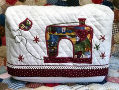 SEWING MACHINE COVER via Etsy.