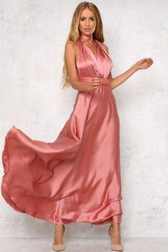 gorgeous color maxi dress. looks so silky :D [affiliate link]