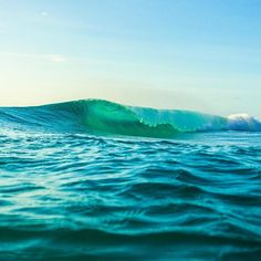 An emerald beauty on #TheSearch #RipCurl Photo: @alexlesbats