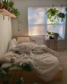 Room Design Bedroom, Room Ideas Bedroom, Bedroom Decor, Bedroom Inspo, Minimalist Room, Aesthetic Room Decor, Cozy Room, Dream Rooms, My New Room