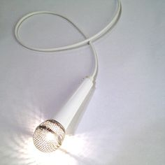 I want this microphone light!