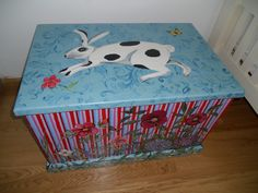 Children's box painted by Rachel Nacer