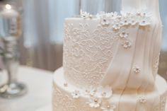 Hand piped royal icing lace on a bespoke wedding cake inspired by a bridal gown Elegant Wedding Cakes, Wedding Cake Designs, Lace Wedding, Wedding Flowers, Edible Luster Dust, Piping Design, Cake Piping, Couture Wedding Gowns, Sugar Flowers