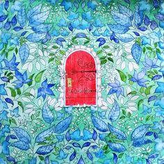Johanna Basford - Secret Garden - secret door