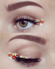 floral winged eyeliner? Gorgeous!