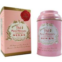 Marie-Antoinette (thé Ceylon, avec des arômes de pommes et roses entremêlés et de précieux pétales de rose).