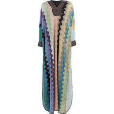 Besticktes Maxikleid von Missoni - das perfekte Kleidungsstück für ein Hippie-Festival.