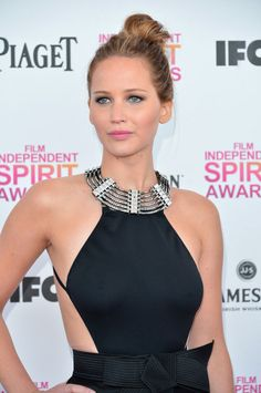 Easy summer beauty tricks for waterproof hair, nails, and makeup (like Jennifer Lawrence's!)