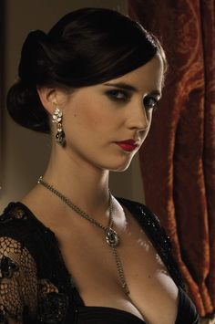 An Algerian Love knot necklace designed by Lindy Hemming and Sophie Harley, worn by Eva Green as Vesper Lynd throughout Casino Royale