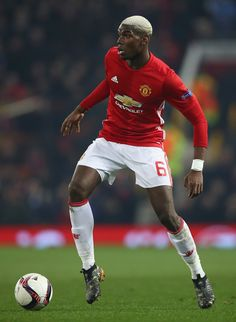 Paul Pogba of Manchester United in action during the UEFA Europa League Round of 32 first leg match between Manchester United and AS Saint-Etienne at Old Trafford on February 2017 in Manchester, United Kingdom. Football Is Life, Best Football Team, Sport Football, Football Players, Paul Pogba Manchester United, Manchester United Players, Soccer Pictures, Soccer Pics, Soccer Teams