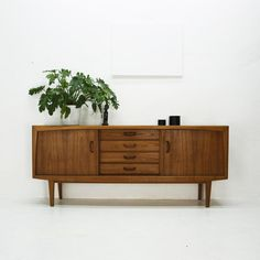 Sideboard 60er Jahre shabby chic wand regal aus frankreich weiss teak products and vintage