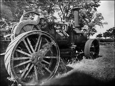 Image by Paul Abbott The engine in the photograph was made by Messrs John Fowler & Co, (Leeds) Ltd, in 1876 their works number A 6 Horse Power ploughing engine. Paul Abbott, Steam Tractor, Classic Tractor, Milton Keynes, Steam Engine, Engineers, Leeds, Locomotive, Old Cars
