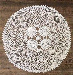 Napperon en dentelle crochet by Barouh on Etsy