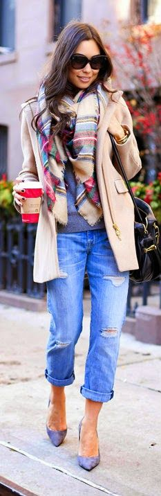 Festive Outfit - Boyfriend jeans, plaid scarf, camel coat. black handbag, heels pumps / With Love From Kat