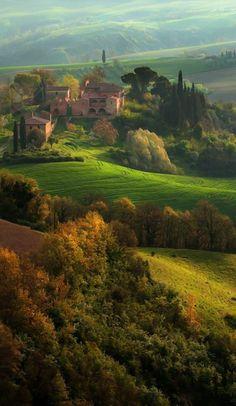 séjour en toscane, champs verts italiennes, toscane tourisme