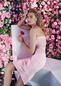 MOHITO feat Anna Jagodzińska. #Pink dress #roses