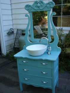 20 Vintage Bathroom Decor Ideas With Old Dresser Repurposed Furniture, Vintage Furniture, Painted Furniture, Dresser Repurposed, Furniture Makeover, Diy Furniture, Primitive Bathrooms, Old Dressers, Tall Dresser