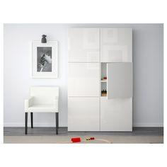 IKEA - BESTÅ, Säilytyskokonaisuus+ovet, harmaaksi petsattu pähkinäpuukuvio/Laxviken valkoinen, , Oviin ja laatikoihin voi valita joko vetimet ja pehmeästi sulkeutuvat saranat tai ponnahdussalvat. Ponnahdussalpojen ansiosta ovet aukeavat kevyellä painalluksella, kun taas pehmeästi sulkeutuvat saranat sulkevat ovet hitaasti ja äänettömästi.Siirrettävien hyllylevyjen ansiosta hyllyvälejä on helppo säätää tarpeen mukaan.