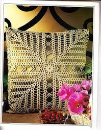 Resultado de imagem para almofadas de croche com graficos