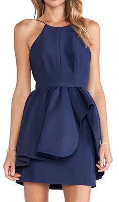 beautiful navy blue dress  http://rstyle.me/n/nrrvmpdpe