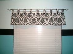 window valence - to use in family and chat, with matching drapes in kitchen and dining
